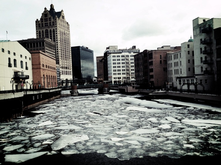 ice melting milwaukee