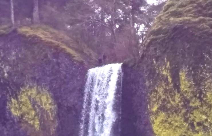 Hikers on top of Latourell Falls