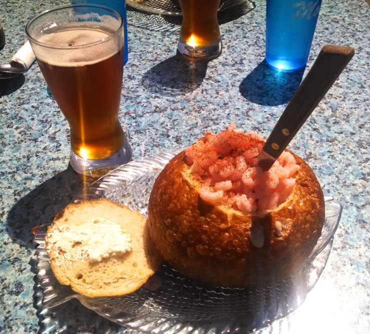 Mo's Clam Chowder Breadbowl