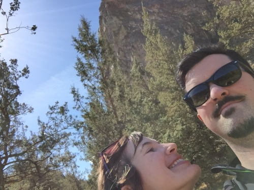 couples selfie smith rock