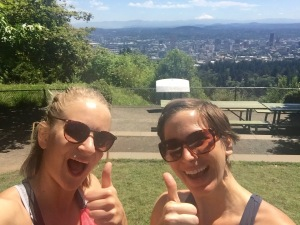 hiking to pittock mansion