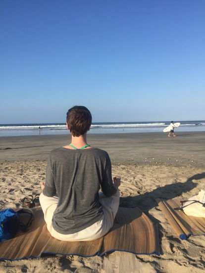 costa-rica-beach-meditation