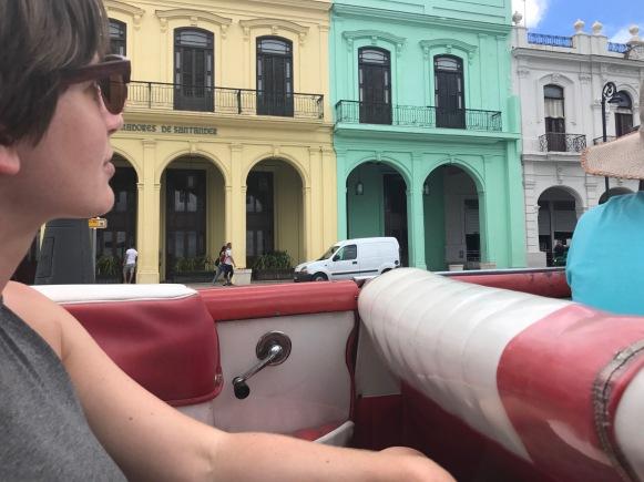 cuba taxi scenery