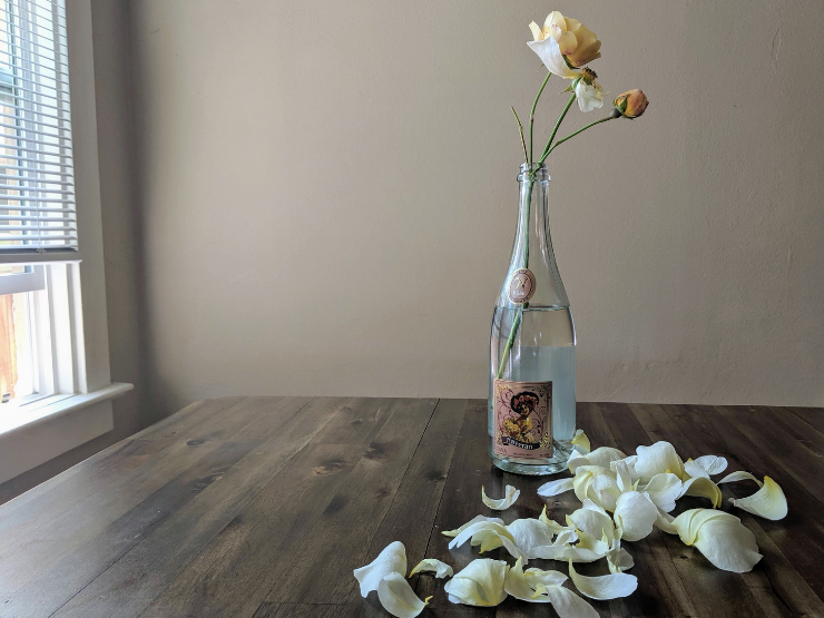 rose wine bottle